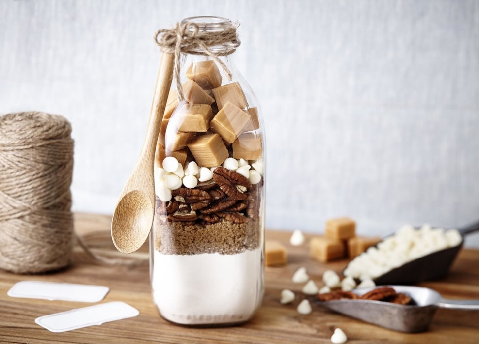 A jar of craft dessert recipes