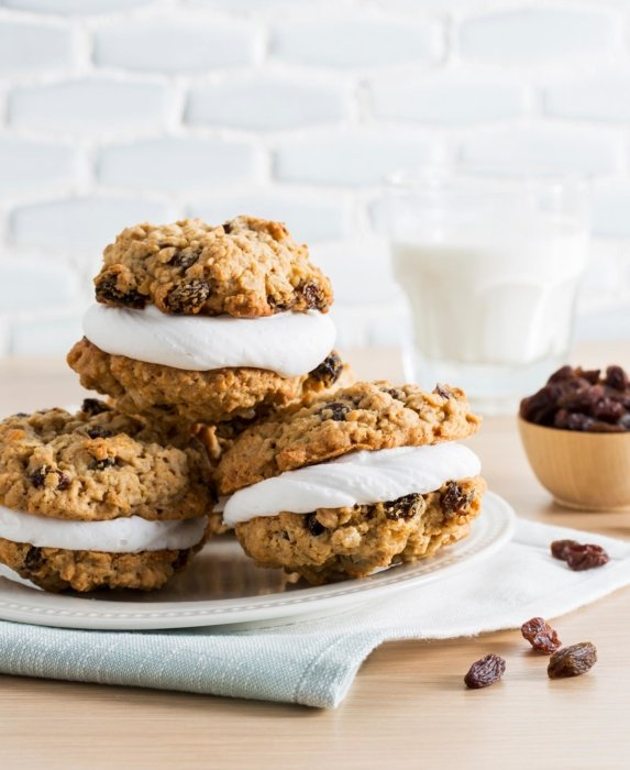 Cookie sandwiches filled with whipped cream