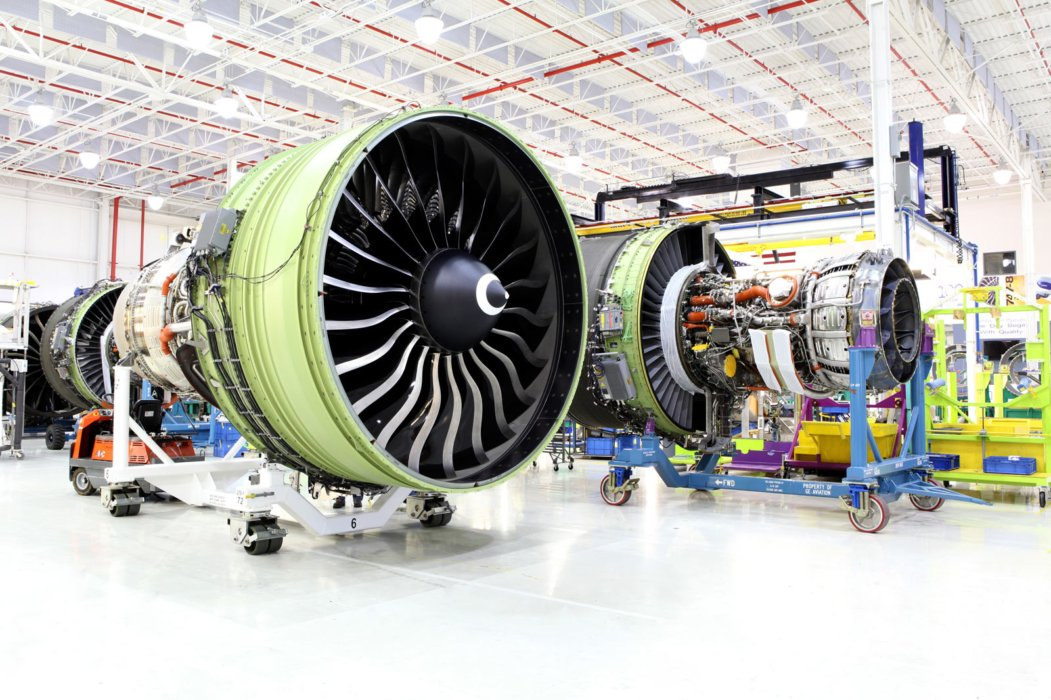 Industrial construction of airplane engines