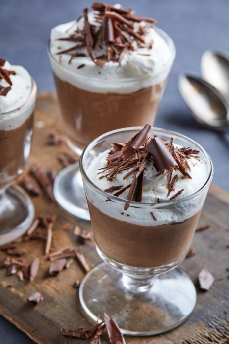 Chocolate mousse with shaved chocolate