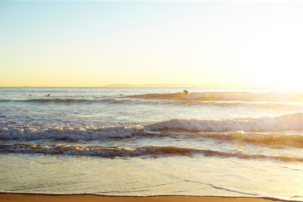 Beach and ocean waves - Lifestyle Photography