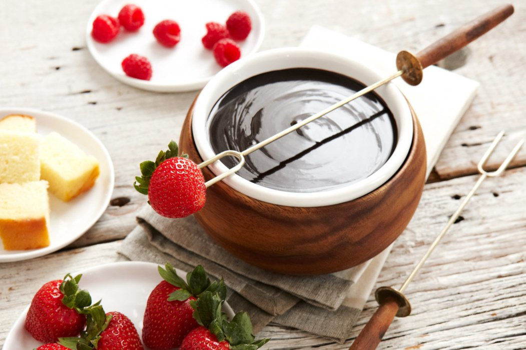Strawberries and fondue