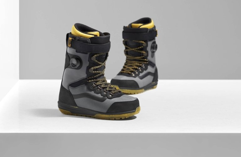 Product photo - Two yellow and black ski boots with BOA fit systems