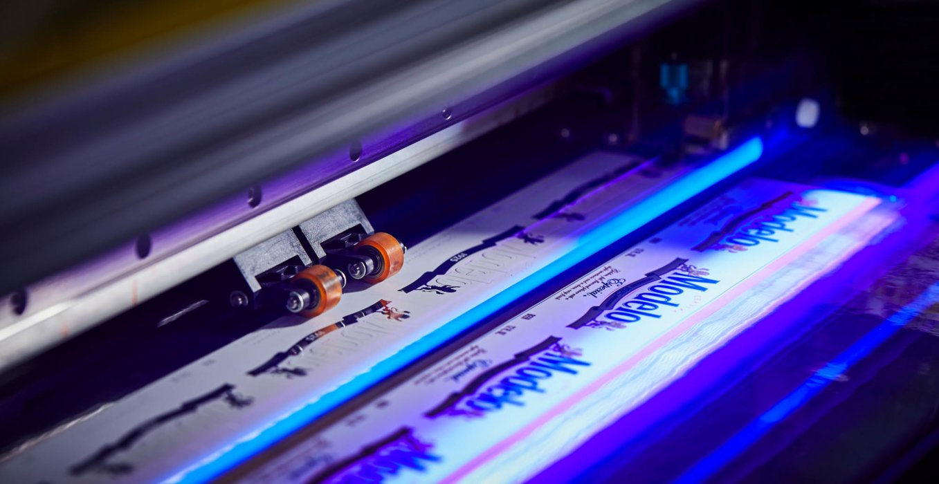 An industrial label laser maker for beer and more