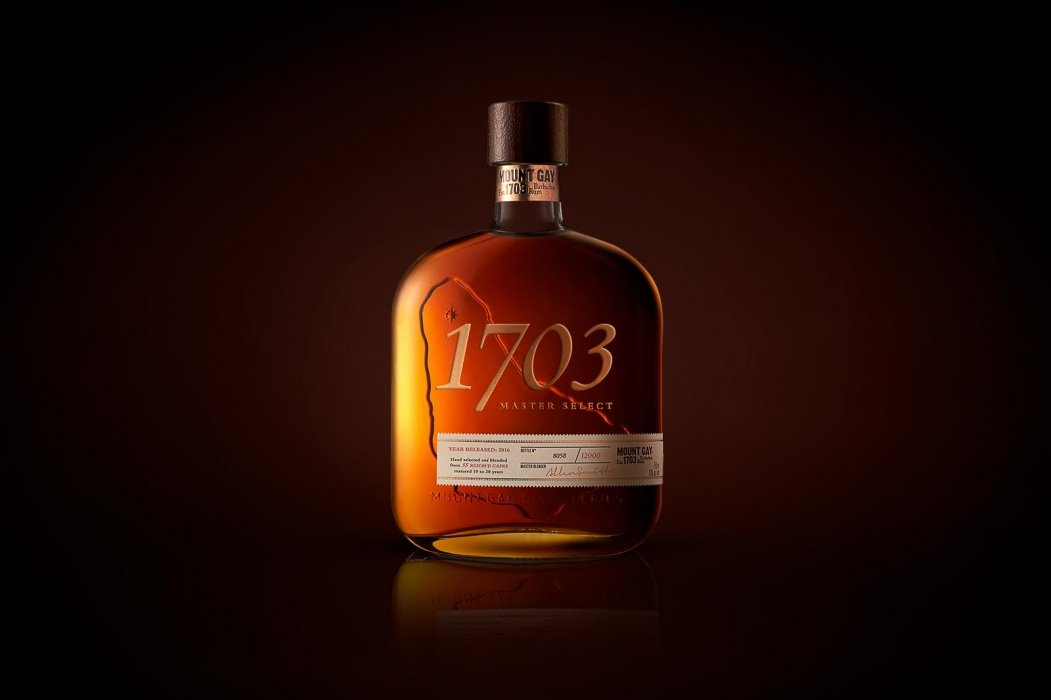 A 1703 bottle with smoke after retouching