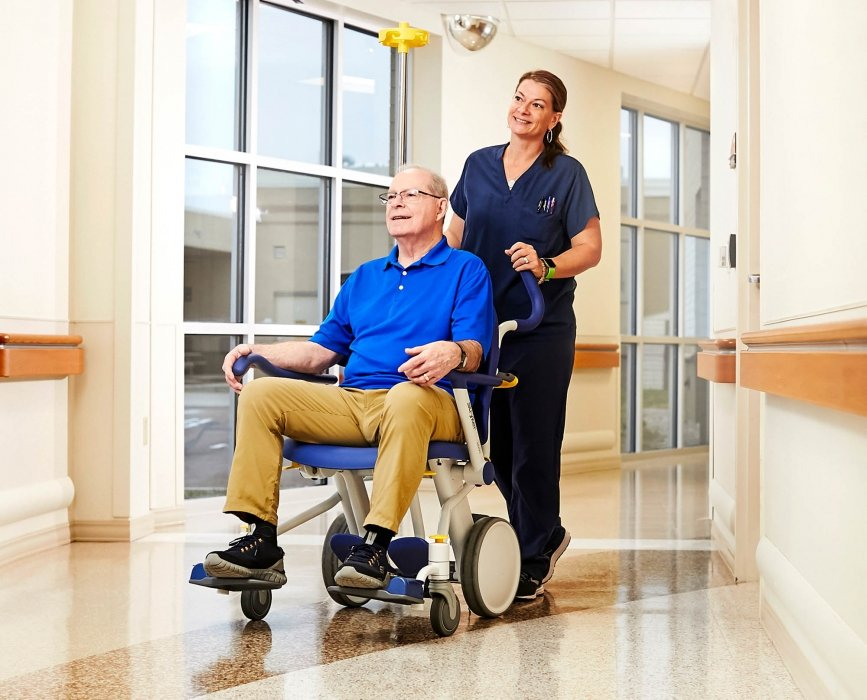 A nurse and elderly patient in hospital - Healthcare Photography