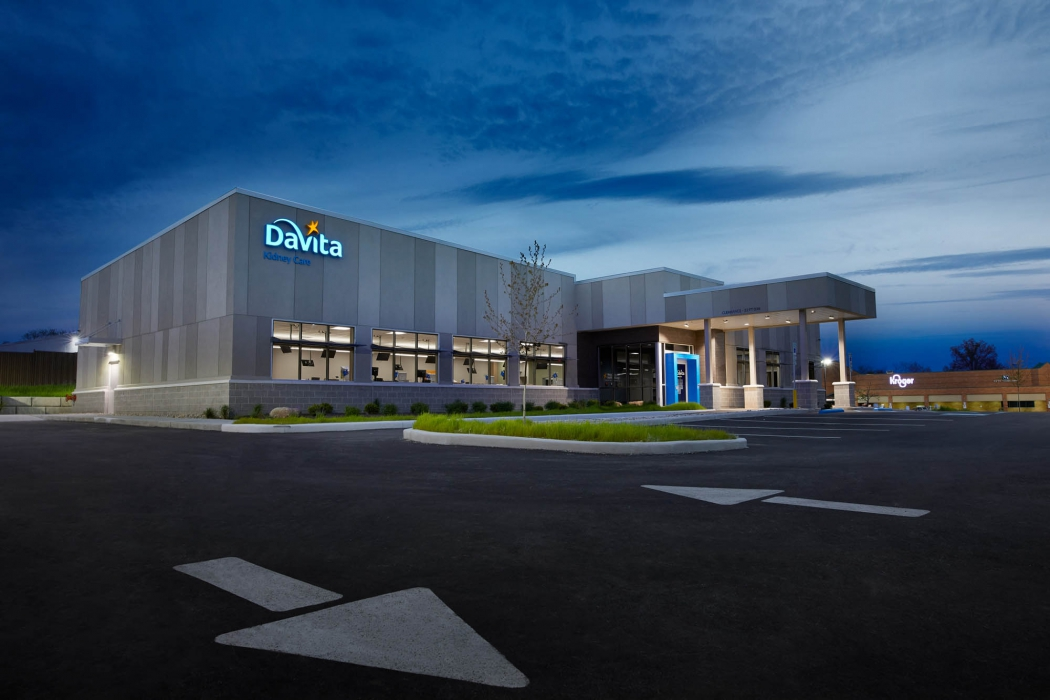 Medical office building Davita at dusk - architecture photography